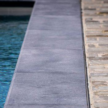 Randafwerking zwembad